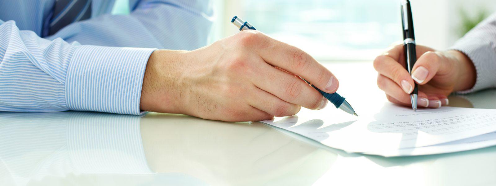 firma-del-contrato-de-subrogacion